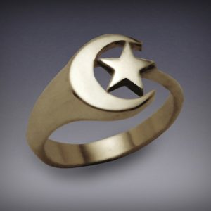 Moon-and-Star-Ring-Gold